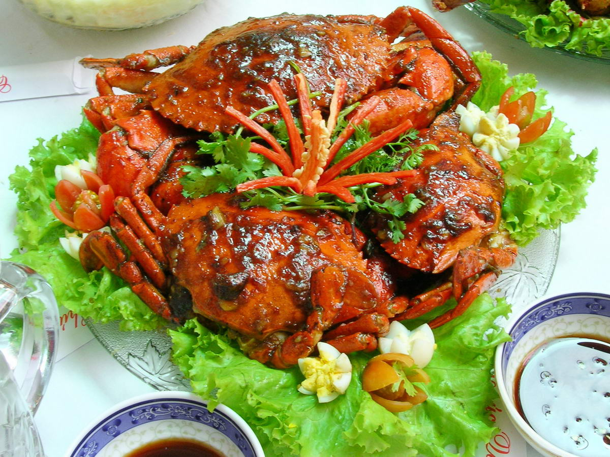 Đến với Bình Định không thể không ăn cua Huỳnh Đế