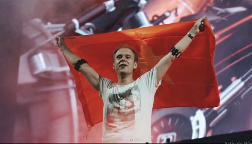 Armin van Buuren - Huyền thoại nhạc Trance trở lại Việt Nam