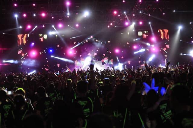 Sự kiện PRISMA 2017 mang đến những bản nhạc cực kỳ sôi động theo từng cung bậc cảm xúc.
