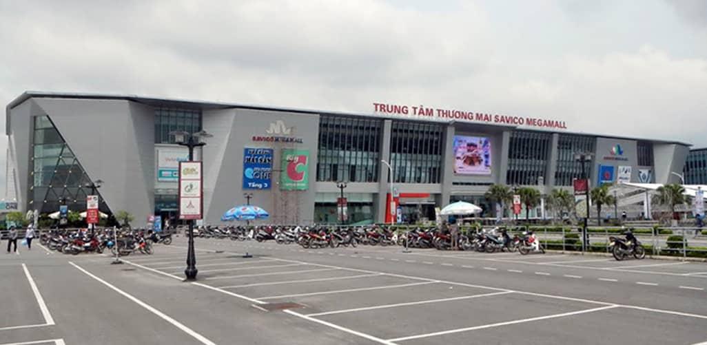 BigC Long Biến với khu chợ đêm Hà Nội