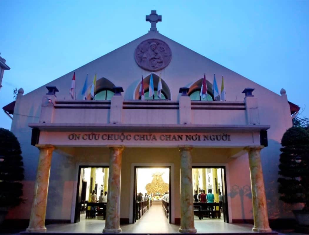 Nhà thờ Thái Hà - một trong những nhà thờ Thiên chúa giáo Hà Nội