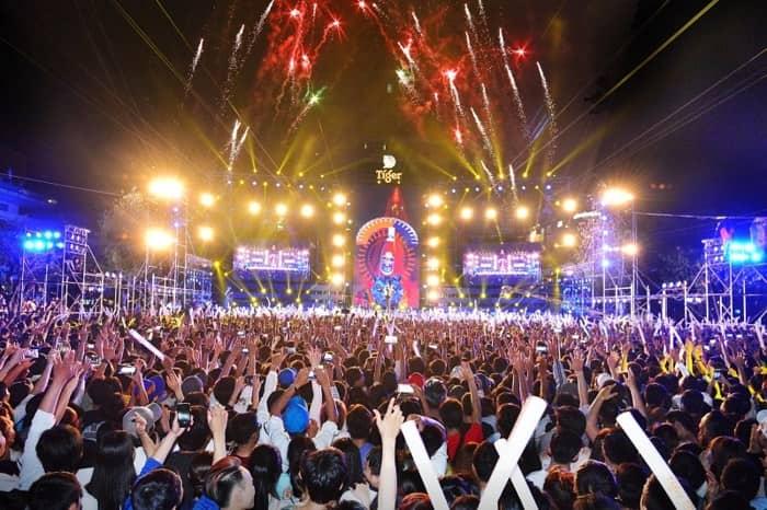 """Khán giả sẽ được thưởng thức những bài nhạc xuân bất hủ, những ca khúc hits hàng đầu được """"remix"""" lại đầy sôi động và mới lạ."""
