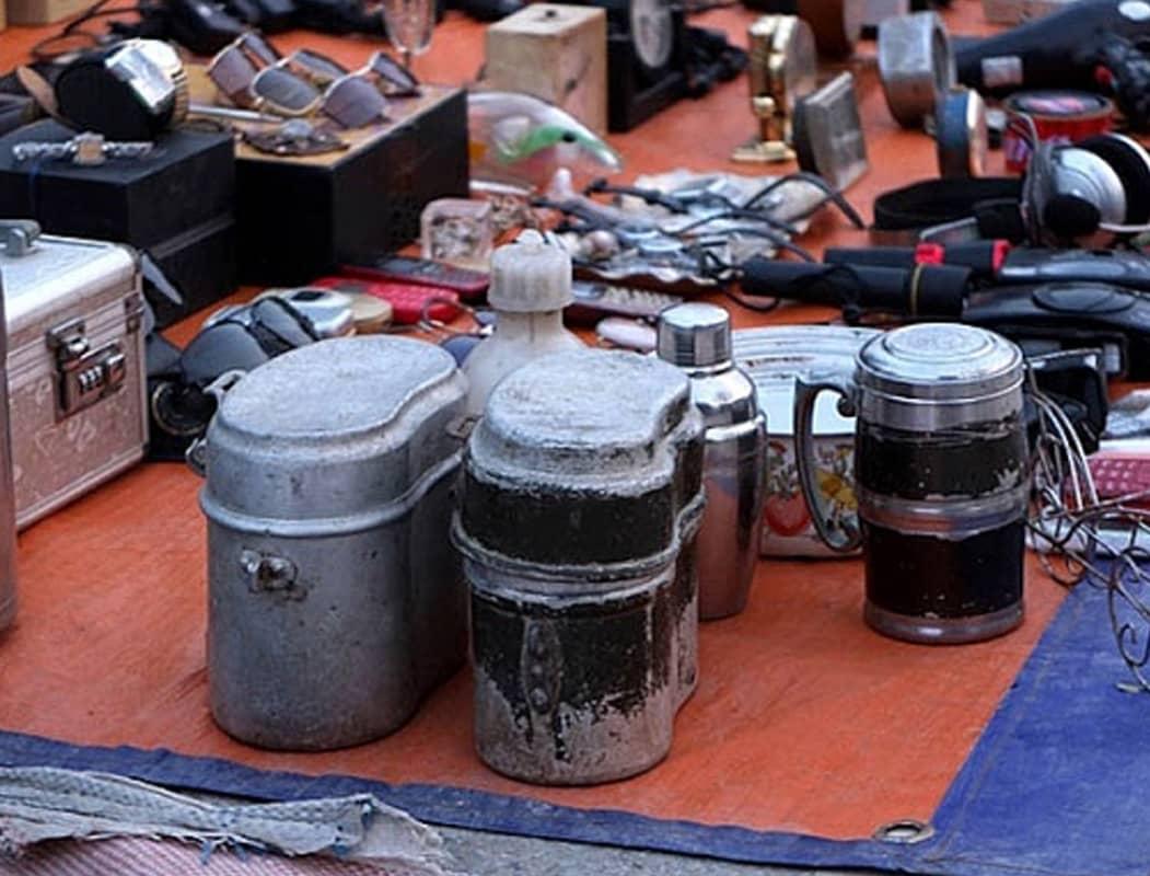Chợ đồ cổ Vạn Phúc, Hà Đông là một trong những chợ đồ cổ nổi tiếng Hà Nội