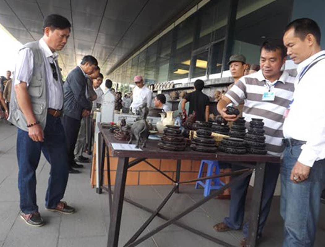 Chợ đồ cổ bảo tàng Hà Nội cua dân chơi đồ cổ sành điệu