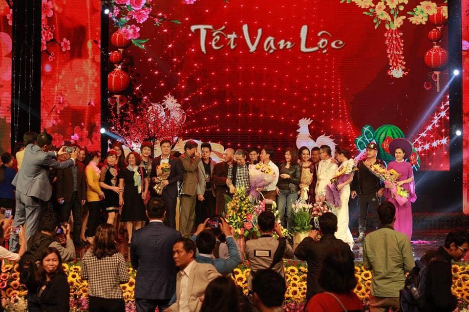 Các nghệ sĩ Việt Nam và hải ngoại được yêu mến cùng dàn danh hài dí dỏm sẽ hội tụ tại đêm nhạc