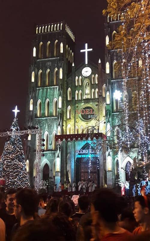 Địa điểm vui chơi Noel tại Nhà thờ lớn Hà Nội