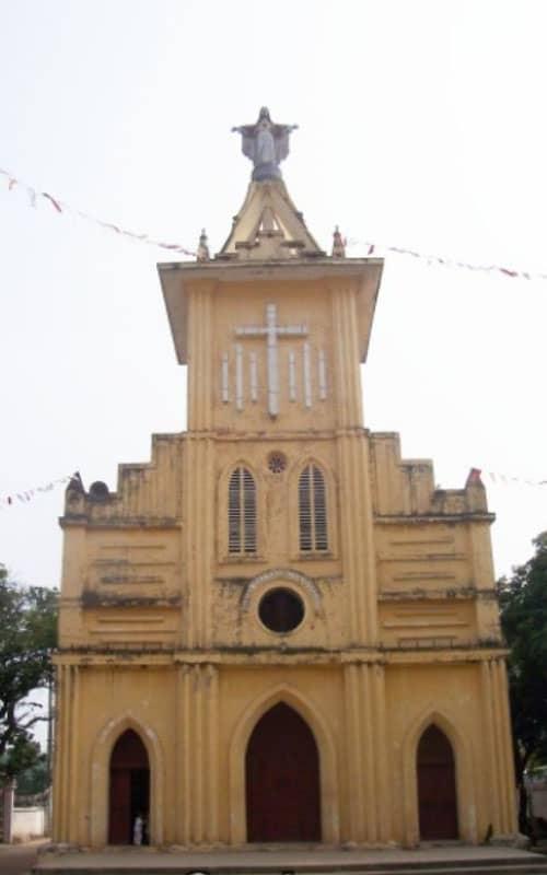 Nhà thờ Cổ Nhuế Hà Nội