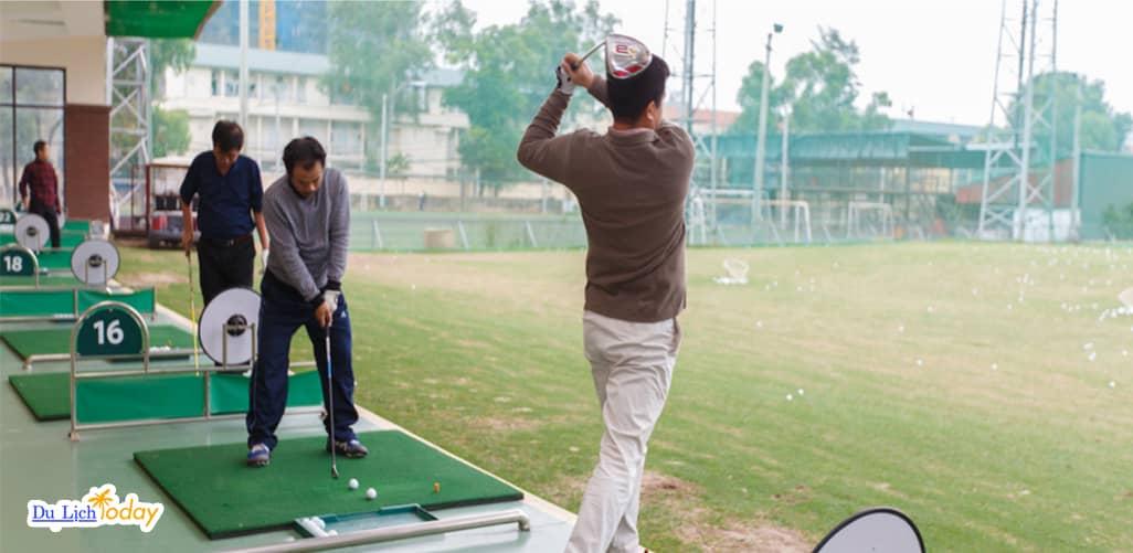 Mipec Golf Club tại Hà Nội với các HLV chuyên nghiệp