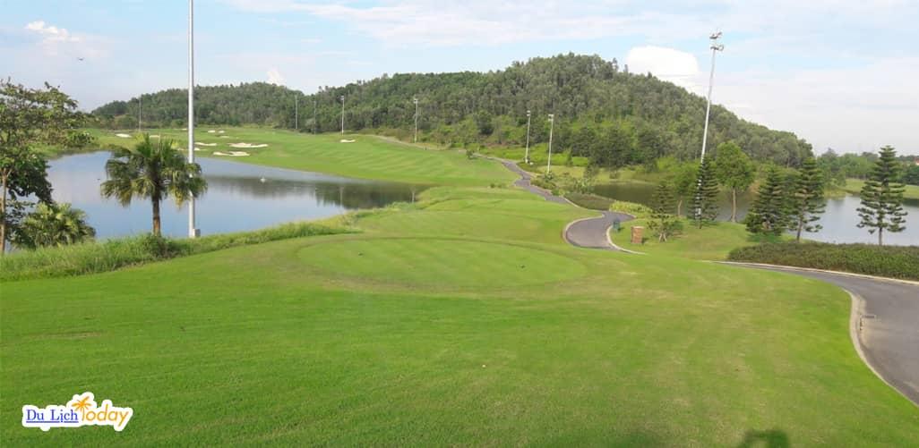 Sân Golf Legend Hill gần Hà Nội - địa điểm kết hợp nghỉ dưỡng cuối tuần
