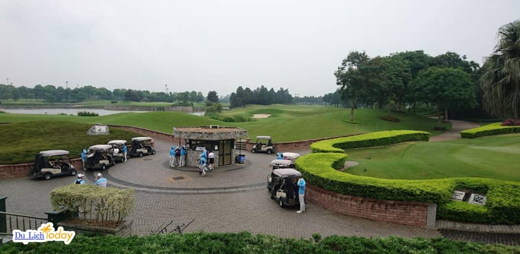 Sân Golf Vân Trì gần Hà Nội với thiết kế độc đáo ở các lỗ golf