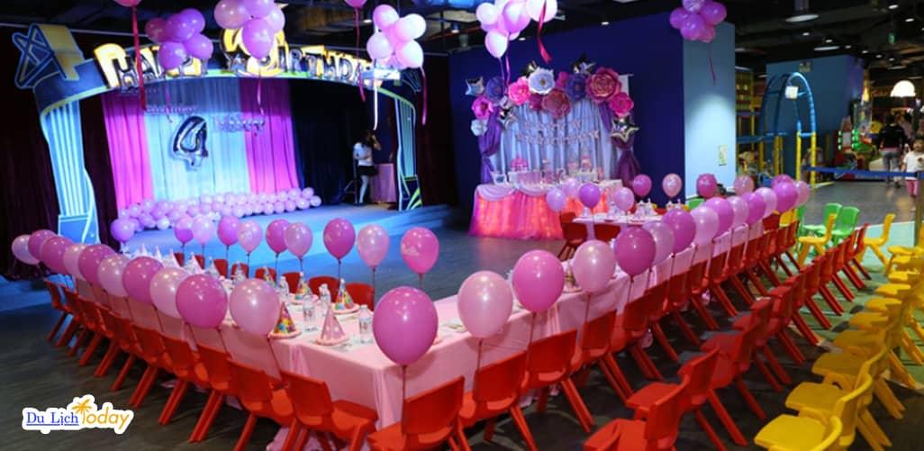 Không gian sinh nhật cho các bé