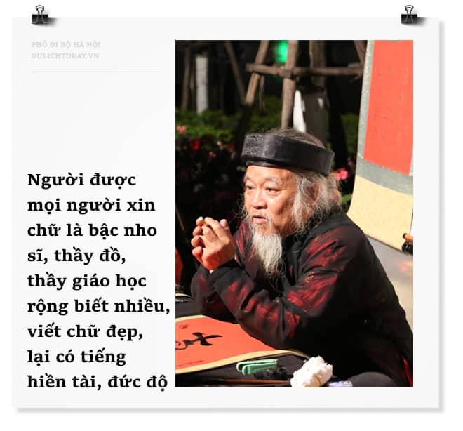 Thầy đồ cho chữ ở Phố đi bộ Hà Nội