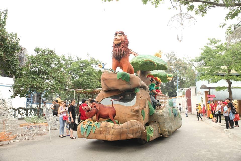 Diễu hành carnival công chúa và cướp biển