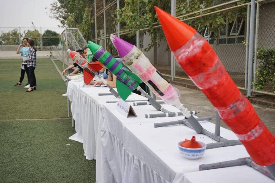 Học chế tạo Tên lửa nước cực vui