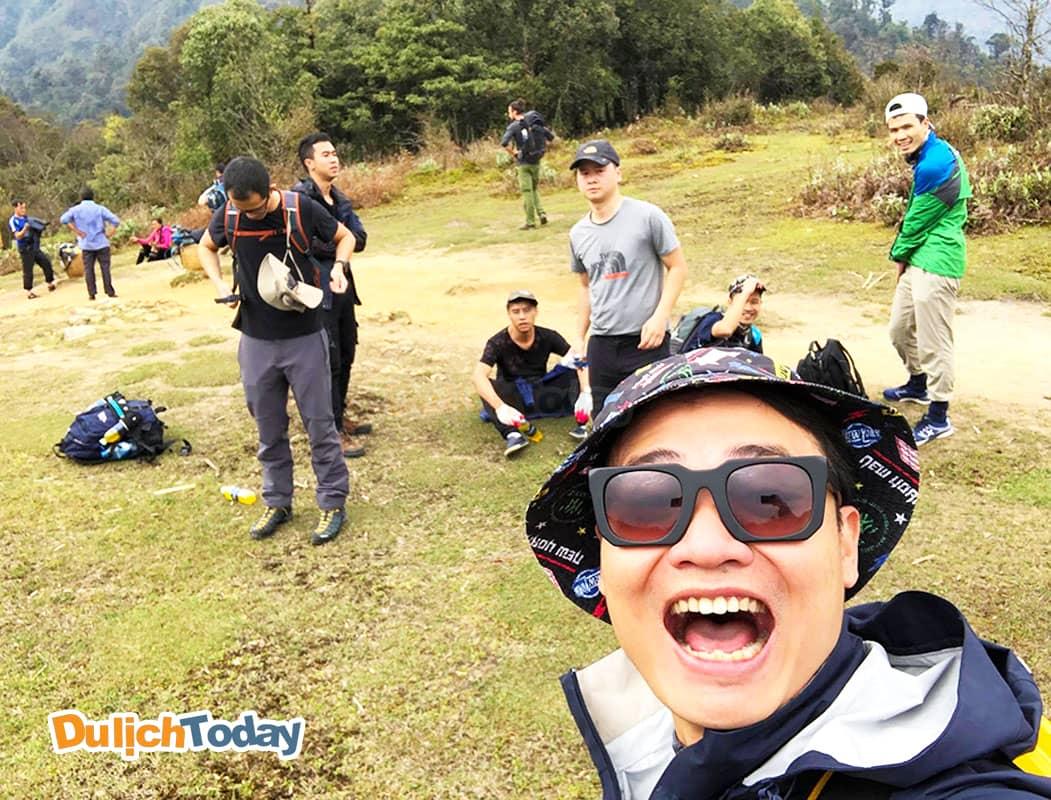 Hành trình leo Fansipan của Tuấn Saker kéo dài 2 ngày 1 đêm