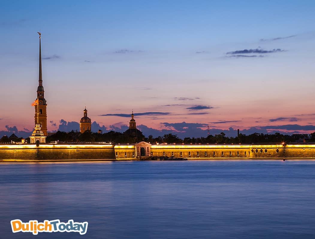 Đêm trắng tại Saint Peterburg