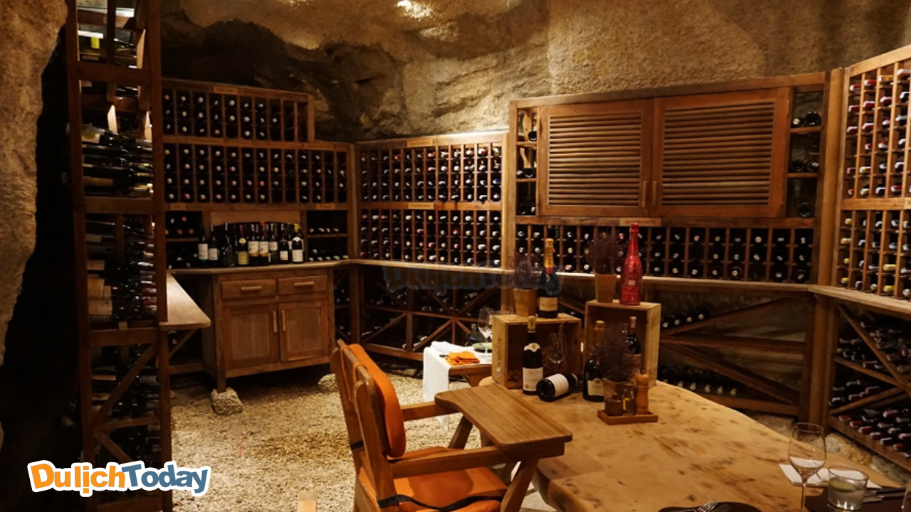 Hầm rượu vang tại Six Sences Ninh Vân Bay