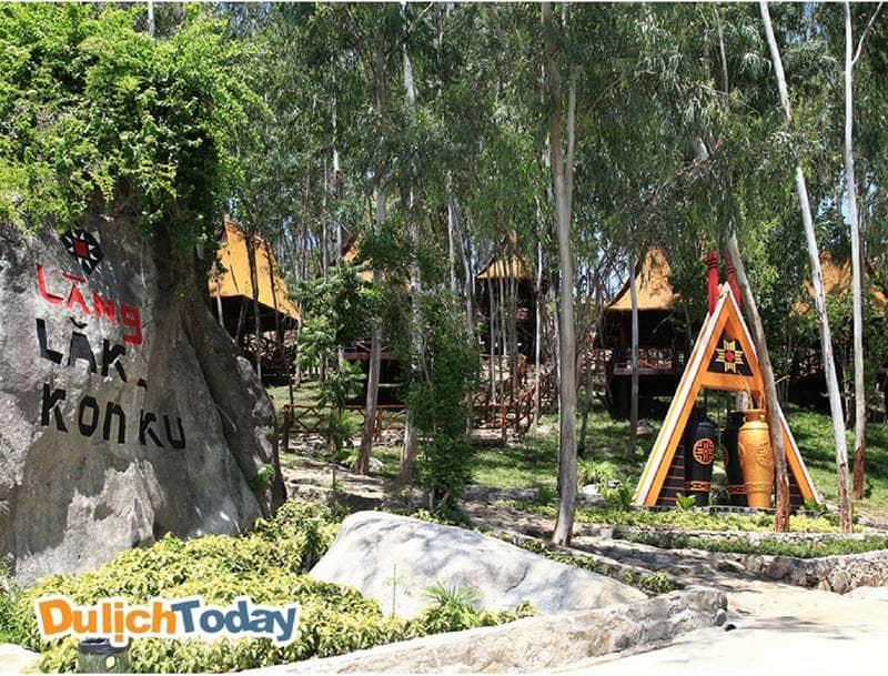 Làng Lak -KonKu - Điểm tham quan thú vị tại khu du lịch Trăm Trứng