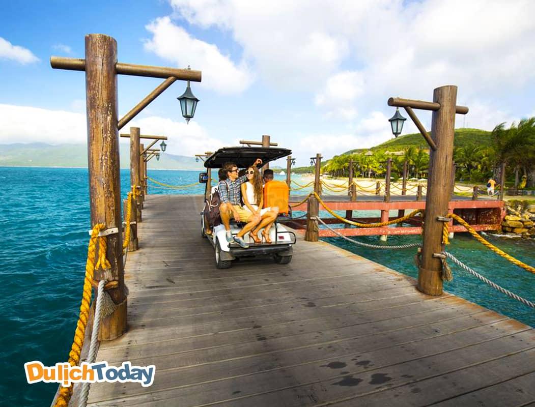 MerPerle là resort nằm trên đảo Hòn Tằm - một trong những đảo đẹp nhất vịnh Nha Trang