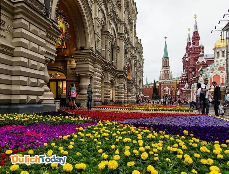 Thời điểm thích hợp nhất đi du lịch Moscow là mùa hè từ tháng 5 - tháng 8