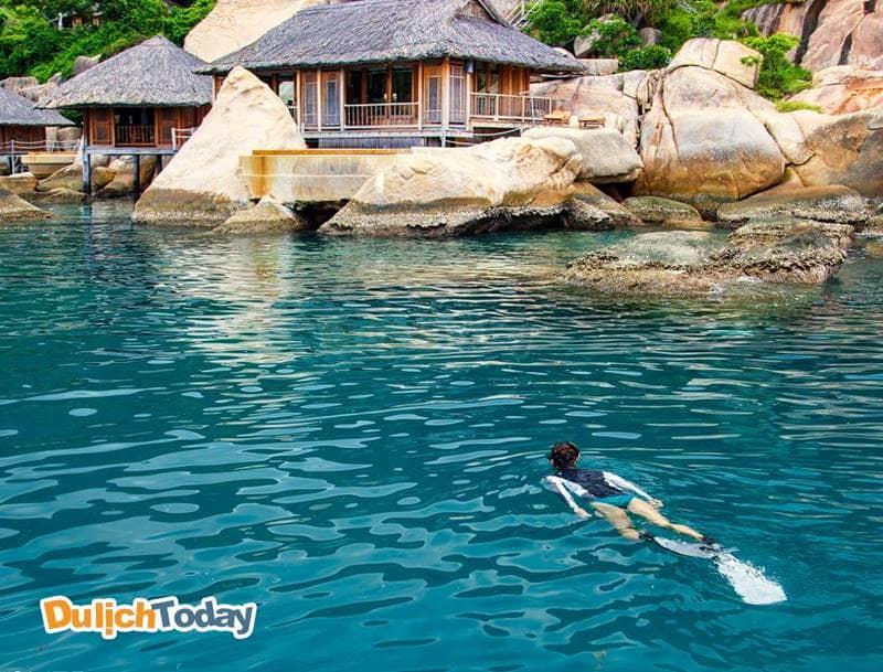 Trải nghiệm lặn biển tại Sixcense Ninh Vân Bay