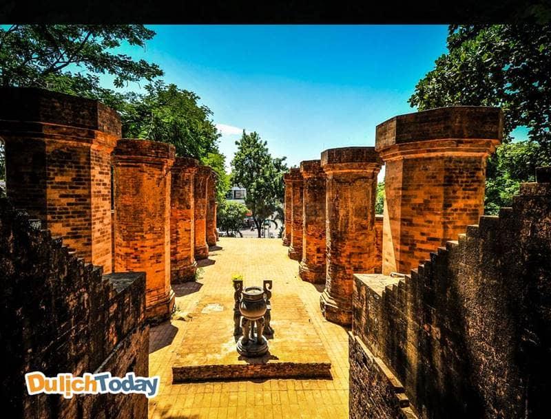 Tháp Bà Poganar - điểm vui chơi lý tưởng ở Nha Trang cho những ai ưa thích văn hóa