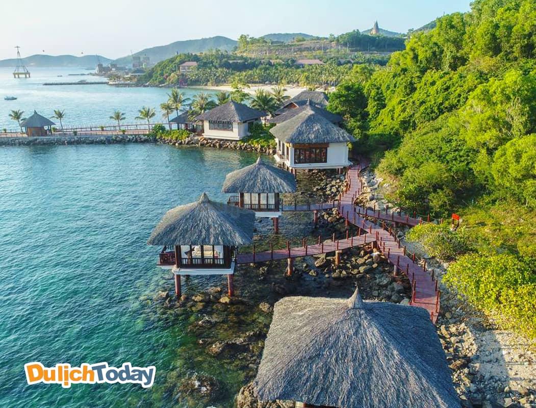 Chuỗi phòng ngủ nằm trên biển của Vinpearl Luxury resort