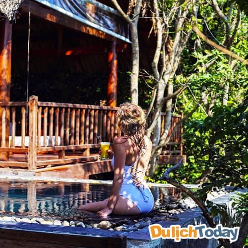 Bể bơi tại mỗi villa của L'Alyana đem lại cảm giác riêng tư cho du khách