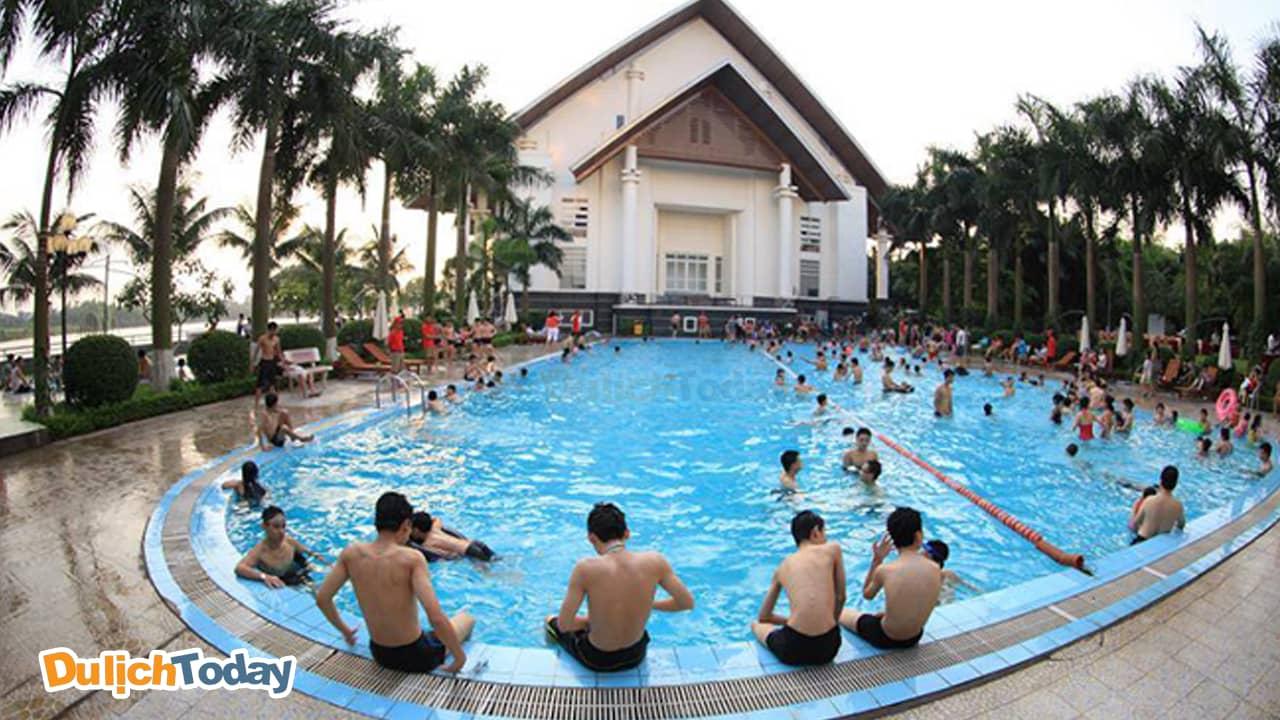 Sông Hồng Resort có rất nhiều dịch vụ vui chơi giải trí phù hợp với mọi lứa tuổi