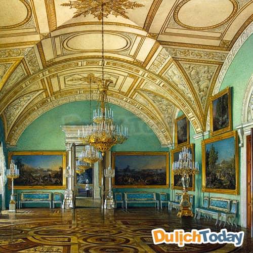 Bên trong <em>các phòng của cung điện Mùa Đông</em> mang một vẻ đẹp sang trong