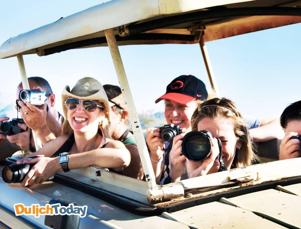 Mua tour du lịch theo nhóm để được giá ưu đãi nhất