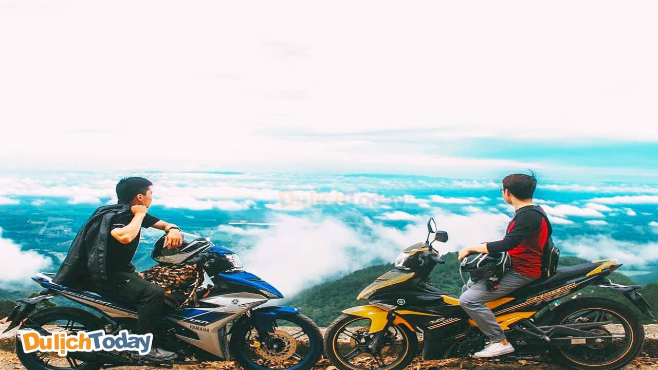 Cùng bạn bè đi du lịch Vũng Tàu tự túc bằng xe máy