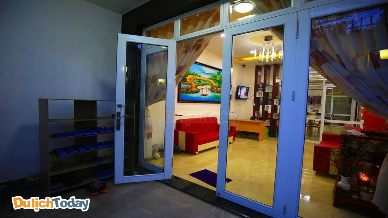 Phòng khách ấm cúng tại My homestay Nha Trang