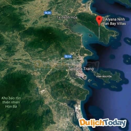L'Alyana Ninh Vân Bay nằm cách Nha Trang khoảng 20 km