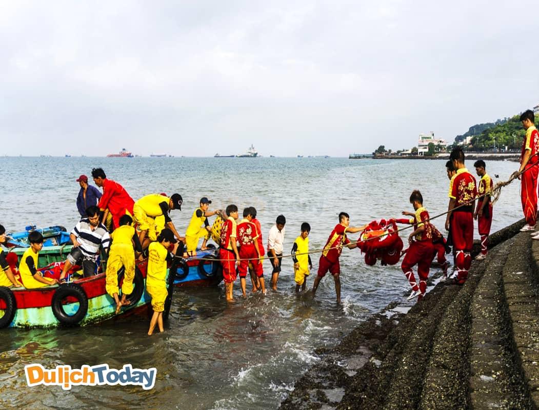 Lễ hội lớn tại Vũng Tàu Nghing Ông