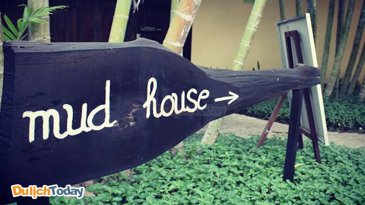 Bảng chỉ dẫn đường đi đến khu Mud house trong I resort Nha Trang