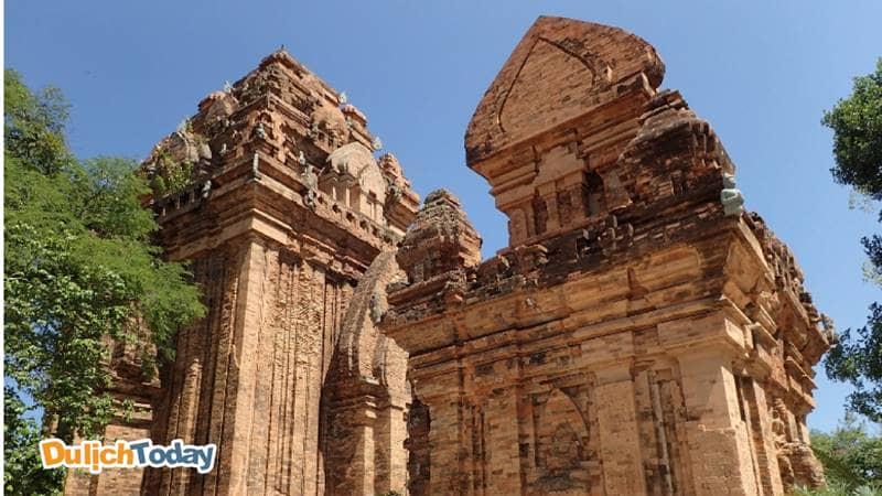 Tháp bà Poganar - địa điểm du lịch tâm linh tại Nha Trang