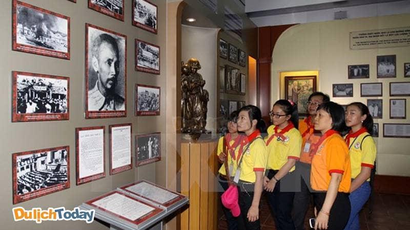 Bảo tàng Hồ Chí Minh nơi ghi dấu hành trình cách mạng và cuộc đời của Chủ tịch Hồ Chí Minh