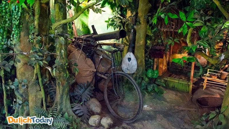 Mô hình trưng bày tại Bảo tàng Lịch sử Quân sự Việt Nam