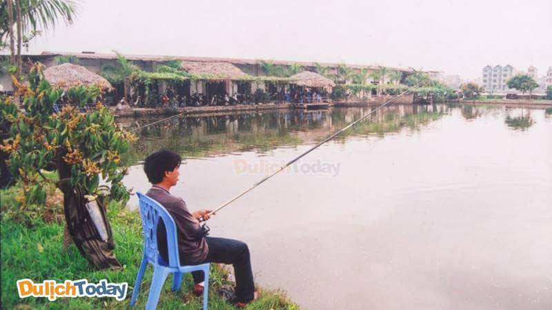 Hồ câu Lý Sơn - điểm đến quen thuộc của cần thủ Hà Thành