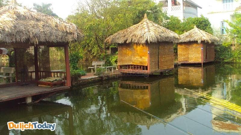 Nhà Hàng - Hồ câu Xuân Quế