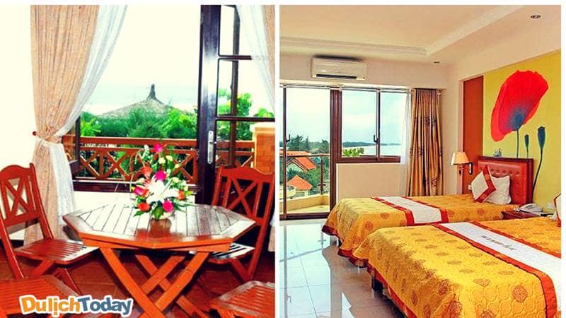 Nội thất trong phòng Intourco chủ yếu làm bằng gỗ mang đến cảm giác ấm áp gần gũi, thoải mái cho du khách