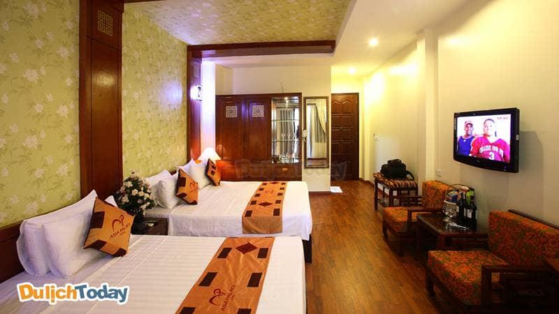 Phòng 2 giường đôi tại Asia Palace Hotel thích hợp cho gia đình và nhóm 4 người