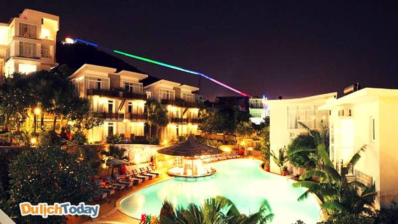 Seaside Resort Vũng Tàu vào ban đêm là bức tranh lung linh đầy ánh sáng