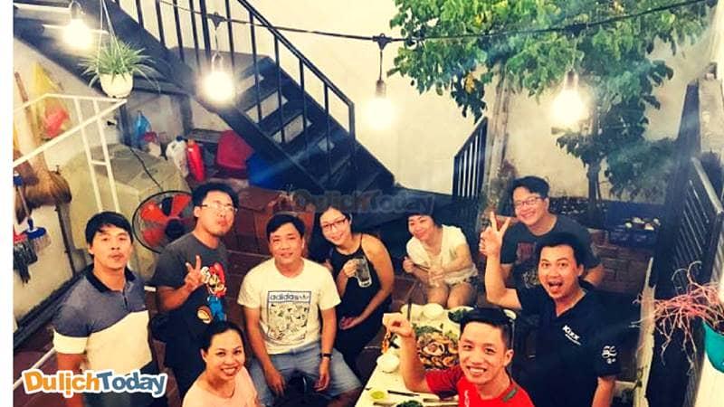 Tiệc nướng thoải mái bên gia đình tại tiệc nướng thoải mái bên gia đình tại Garden Coffee & Homestay Vũng Tàu