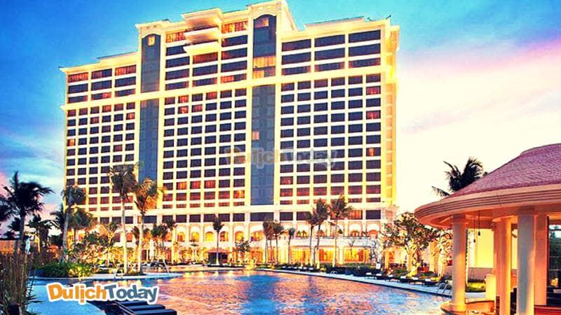 Khu nghỉ dưỡng phức hợp sang trọng với hàng loạt loại hình giải trí nghỉ dưỡng cao cấp và hiện đại tại The Grand Hồ Tràm Strip
