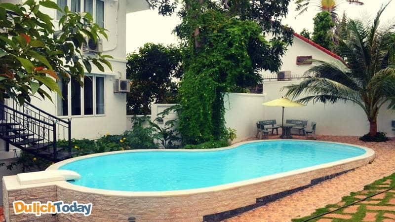 Bể bơi tại Viva homestay Vũng Tàu