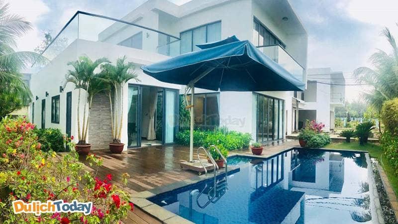 Bể bơi ngoài trời tại biệt thự Blue Sea Vũng Tàu