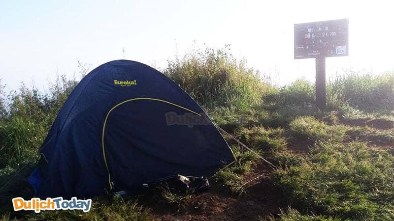 Cắm trại tại đồi con Heo
