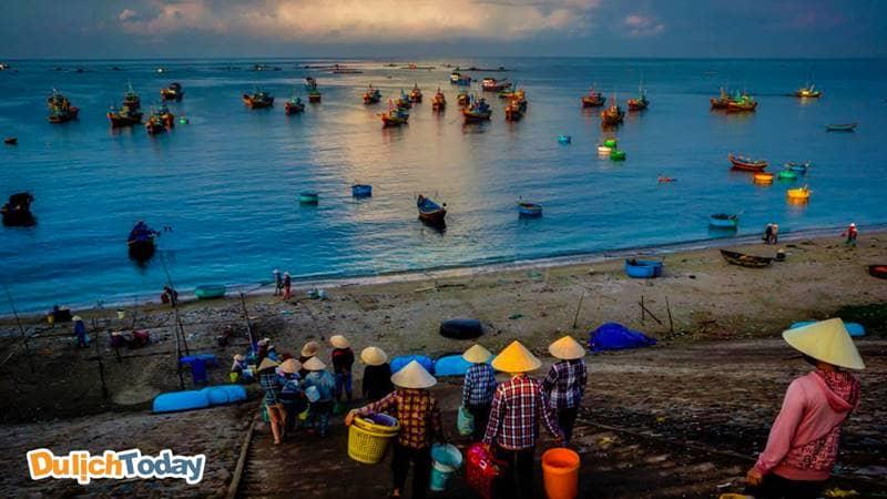 Cuộc sống của người dân làng chài ở Nha Trang
